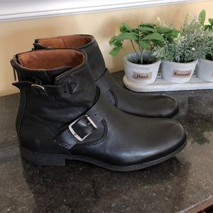 Frye Vicky Black Engineer Boot, NWOB, size 7